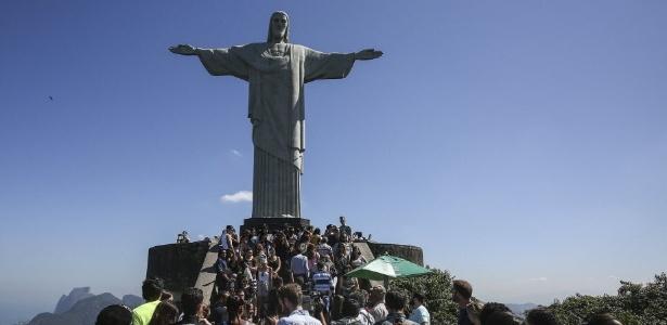 Turistas que visitam o Rio de Janeiro podem ter que pagar taxa de R$ 5, diz Crivella