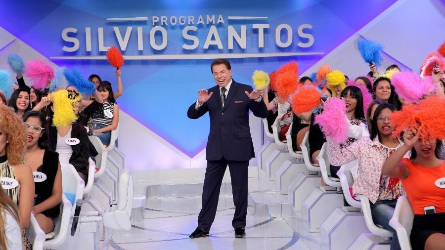 """Silvio Santos interage com a plateia do """"Programa Silvio Santos"""" - Lourival Ribeiro/Divulgação/SBT"""