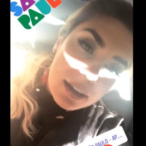 Naiara Azevedo, primeira artista sertaneja na Parada LGBT de SP