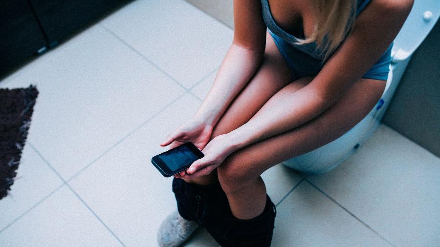 Constipação funcional pode ser evitada com a adoção de hábitos mais saudáveis - Getty Images