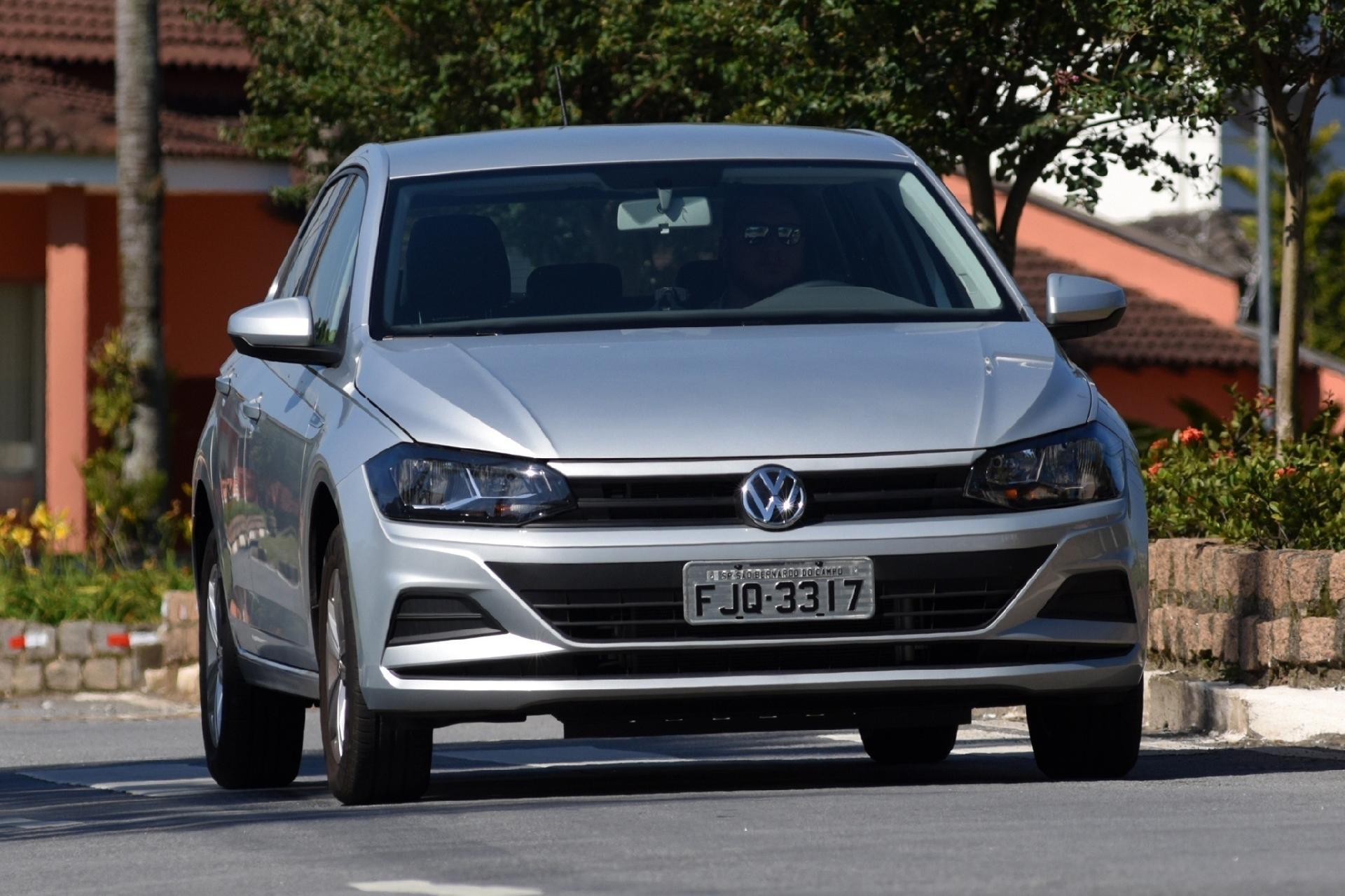 bccb065af7 Volkswagen Polo 1.6 MSI anda bem e é seguro