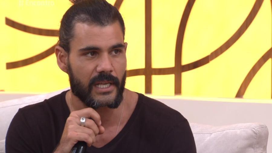 """Juliano Cazarré participou do """"Encontro com Fátima Bernardes desta quinat-feira (14) - Reprodução/TV Globo"""