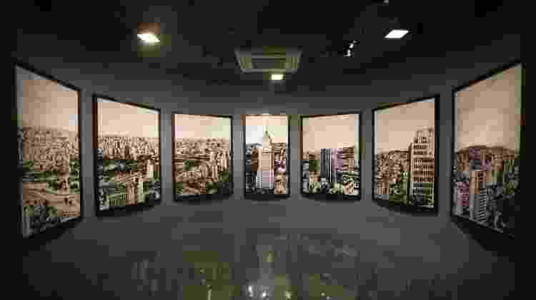Obra de Vik Muniz retrata a paisagem do Centro com sucata - Renato Suzuki/Divulgação