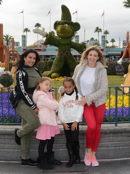 Scheila Carvalho e Sheila Mello com as filhas - Reprodução/Instagram