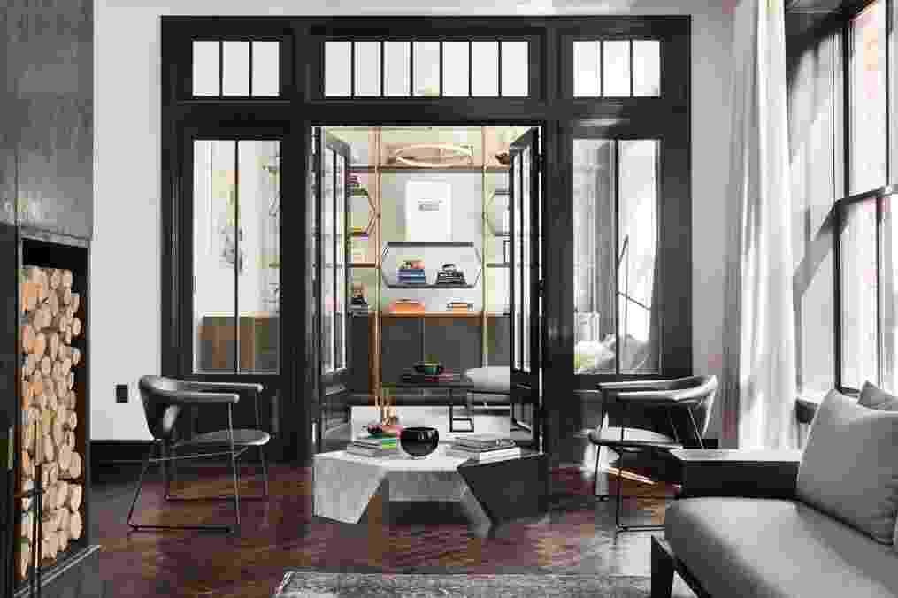 Apartamento Karlie Kloss - acesso sala de estar - Compass/Divulgação