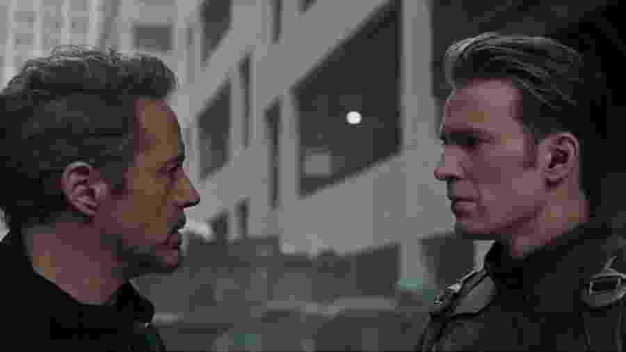 """Tony Stark e Capitão América em """"Vingadores: Ultimato"""" - Reprodução/YouTube"""