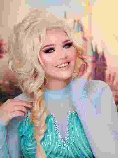 Nikkie Tutorials, caracterizada como Princesa Elza de Frozen - Reprodução/Instagram