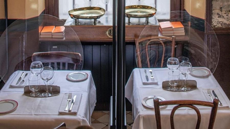 Barreiras criadas pelo designer Patrick Jouin para o restaurante de Alain Ducasse - Reprodução/Instagram