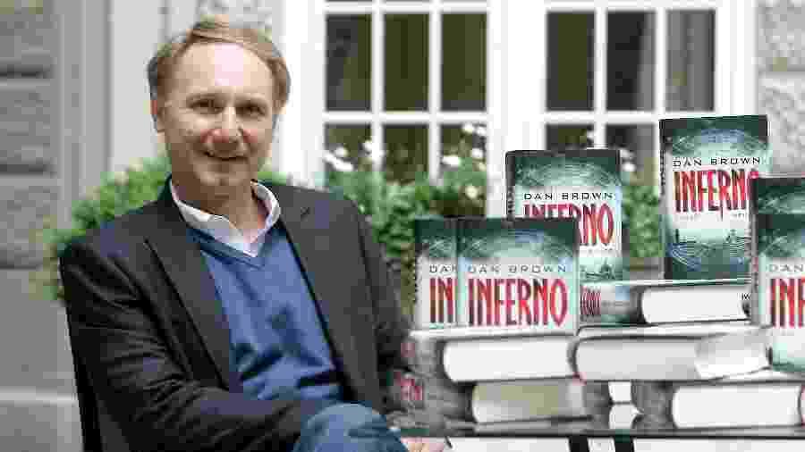 """Dan Brown, autor de livros como """"O Código da Vinci"""" e """"Inferno"""" - ZIK Images/United Archives via Getty Images"""