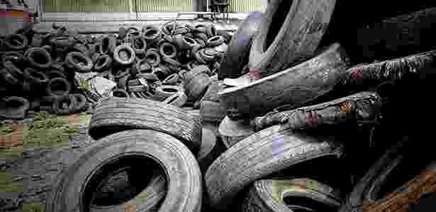"""Mercado de pneus é o mais maduro em relação ao descarte """"ecologicamente correto"""": fabricantes já conseguem dar destinação adequada a quase 50% dos mais de 1,1 milhão de toneladas vendidos anualmente no Brasil - Marlene Bergamo/Folha Imagem"""