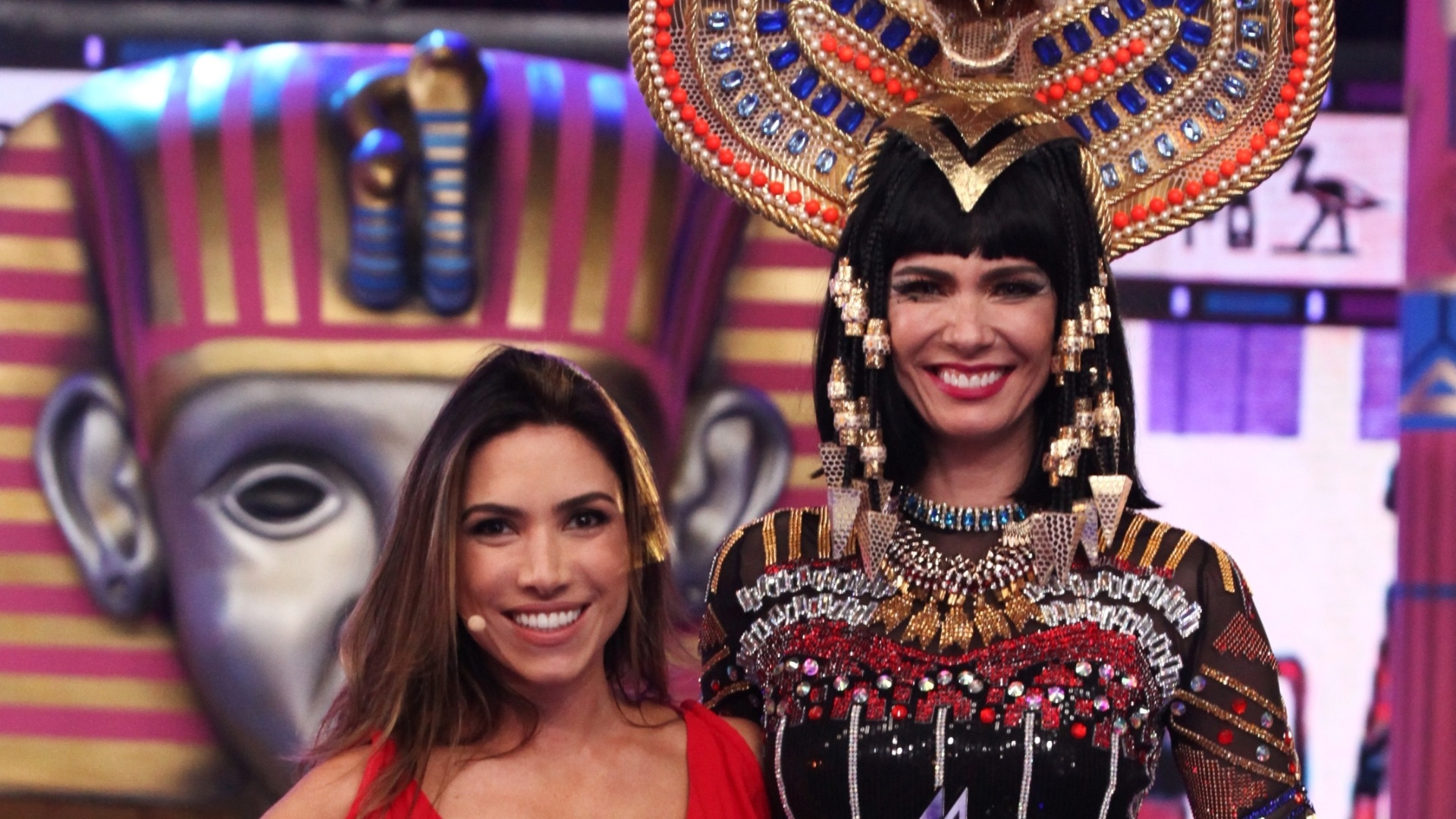 Patricia Abravanel transforma Luciana Gimenez em Cleópatra no musical de Katy Perry no Máquina da Fama