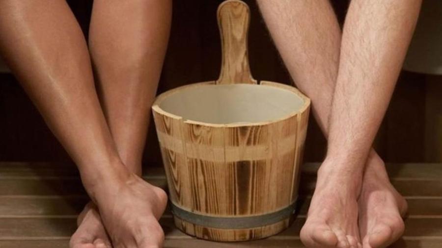 Em vez do bar após o trabalho que tal ficar nu com os colegas em uma sauna? - Divulgação/Finnish Sauna Society