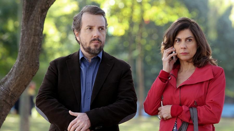 """Augusto Madeira e Ângela Dippe vivem Hugo e Glória, dupla que engana mulheres em """"O Home da Sua Vida"""", série da HBO   - Divulgação/HBO"""