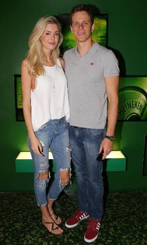 Kelly Gisch e Cesar Cielo no GP Brasil de Fórmula 1