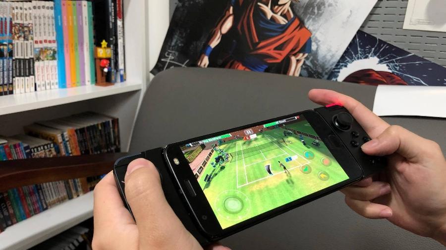 Jogos para celular  acessório transforma smartphone em videogame ... 3033f715097
