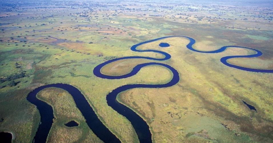 O Delta do Okavango tem é alimentado pelo terceiro maior rio do sul da África. Com paisagem natural praticamente intocada, é considerado uma joia do continente.