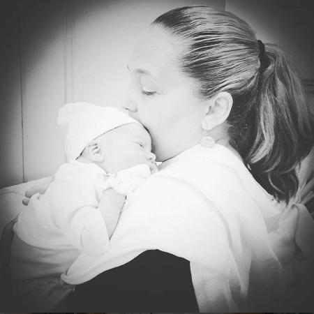 Isabela Garcia com o neto, Izzy - Reprodução/Instagram/isabelagarcia