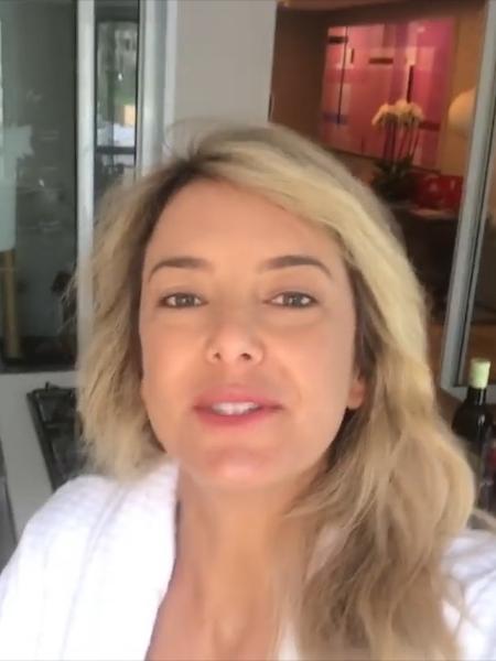Tici Pinheiro faz tour por seu apartamento  - Reprodução/Youtube