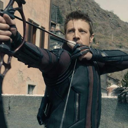 Jeremy Renner como o Gavião Arqueiro - Reprodução