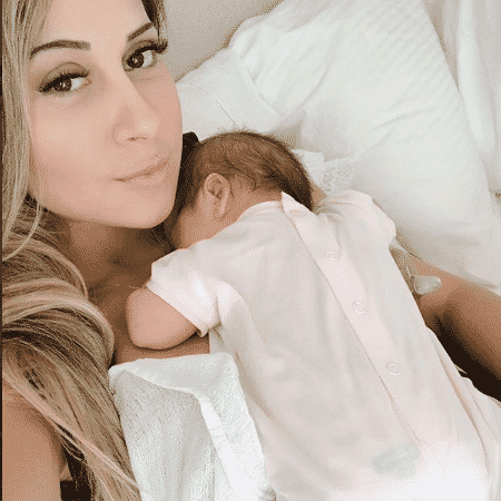 Mayra Cardi com a filha - Reprodução/Instagram
