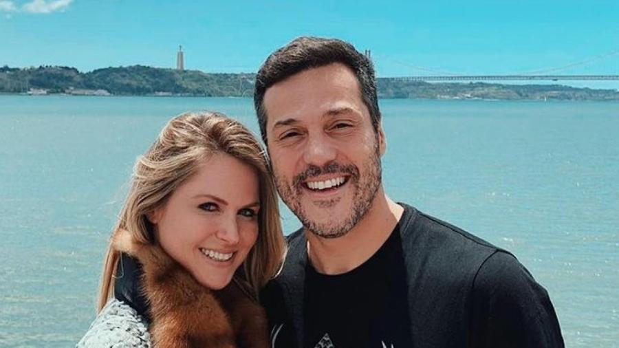 """Os dois estão casados desde 2002 e detalharam finanças pessoais ao programa """"Me Poupe Show"""", de Nathalia Arcuri - Reprodução/Instagram"""