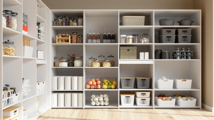 Caixas organizadoras para arrumar itens em armários: saiba como usar e o que escolher - Getty Images/iStockphoto