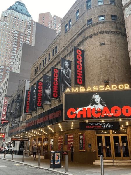 A Broadway reabriu para seus grandes musicais e espetáculos após um ano e meio de fechamento por causa da pandemia - Reprodução/Instagram