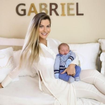 Andressa Suita com o filho, Gabriel - Reprodução/Instagram/andressasuita