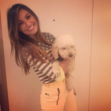 Patrícia Poeta posa com o cão que adotou - Reprodução/Instagram/patriciapoeta