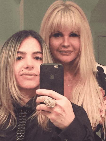 Monique Evans e a namorada, a DJ Cacá Werneck - Reprodução/Instagram