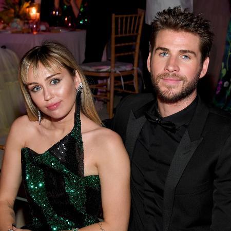 Miley Cyrus e Liam Hemsworth para um evento nos Estados Unidos em 2019 - Kevin Mazur/Getty Images