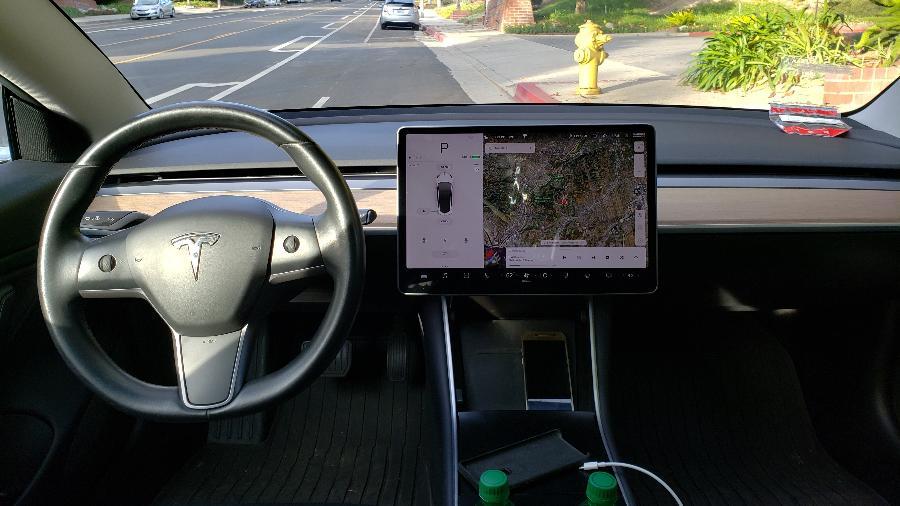 Tesla Model 3 interior - Vitor Matsubara/UOL