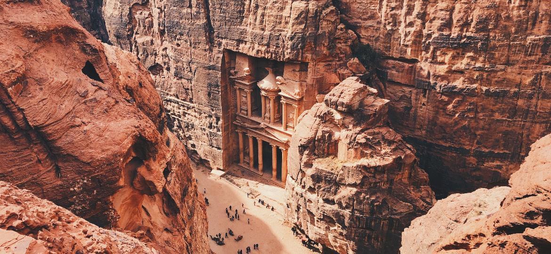 Petra, na Jordânia, uma das Sete Maravilhas do Mundo Moderno que podem ser exploradas virtualmente - Alex Vasey/Unsplash