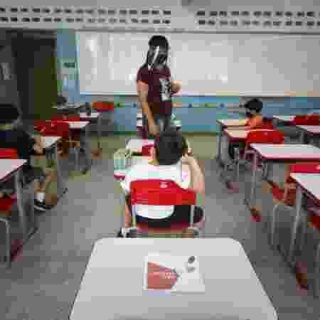 Professores dizem que escolas não oferecem segurança para retorno às aulas presenciais - Rubens Cavallari/Folha - Rubens Cavallari/Folha