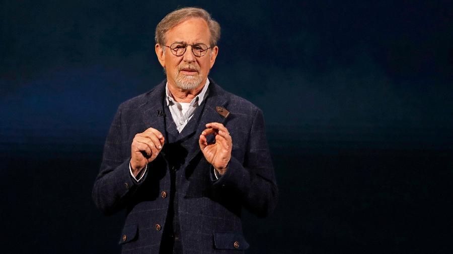 Estúdio de Steven Spielberg fará filmes para Netflix - REUTERS