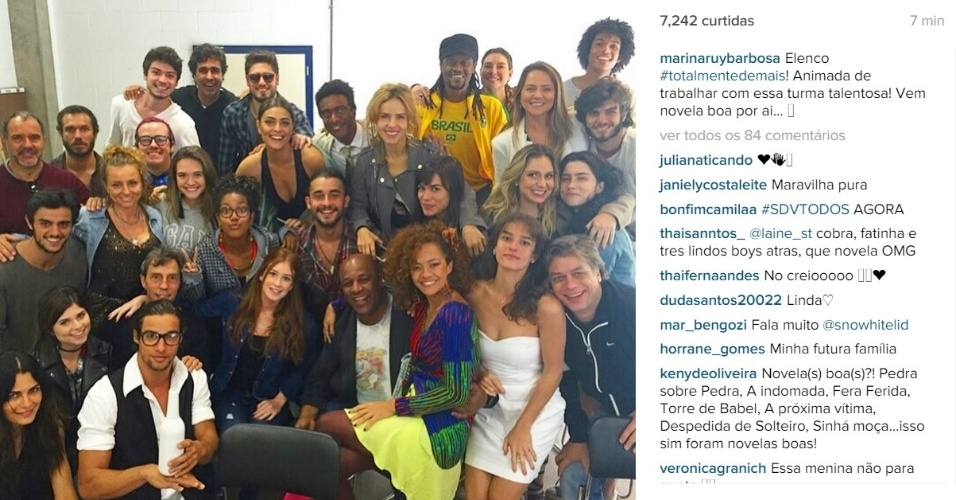 8.jul.2015 - Na tarde desta quarta-feira (8), Marina Ruy Barbosa postou uma foto no Instagram em que aparece junto com o elenco da próxima novela das 19h da Rede Globo,