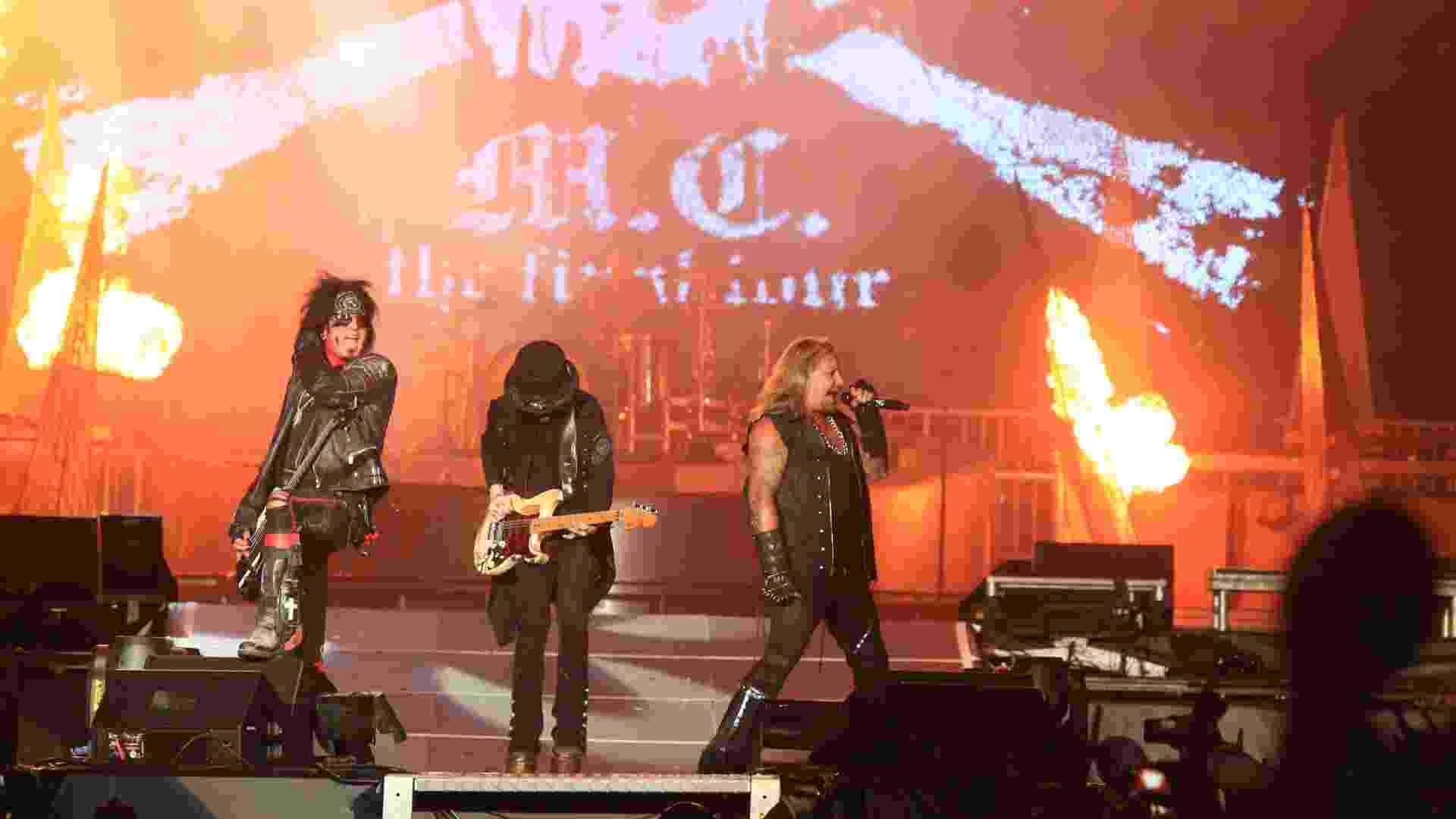 19.set.2015 - Mötley Crüe se apresenta no Palco Mundo no segundo dia do Rock in Rio 2015. Este é o último ano de apresentações do grupo, que irá se aposentar - Marco Antonio Teixeira/UOL
