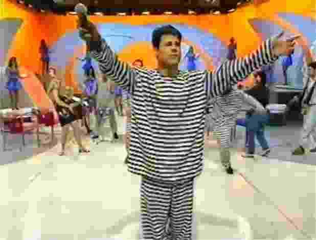"""Mamonas Assassinas se apresentam no """"Domingo Legal"""" (1995) - Reprodução/SBT"""