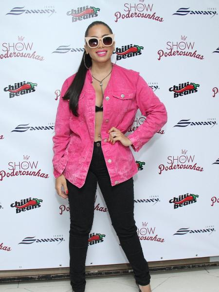 """Anitta antes do """"Show das Poderosinhas"""", no Rio - AgNews"""