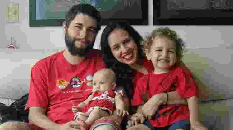 Pedro Carvalho Andrade da Rocha e a família - Arquivo Pessoal - Arquivo Pessoal