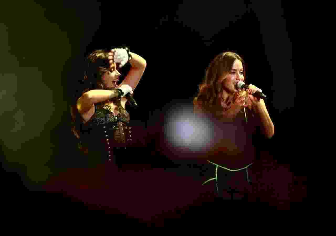 Camila Cabello se apresenta com Anitta durante o Z Festival, no Allianz Parque, em São Paulo - Iwi Onodera/UOL