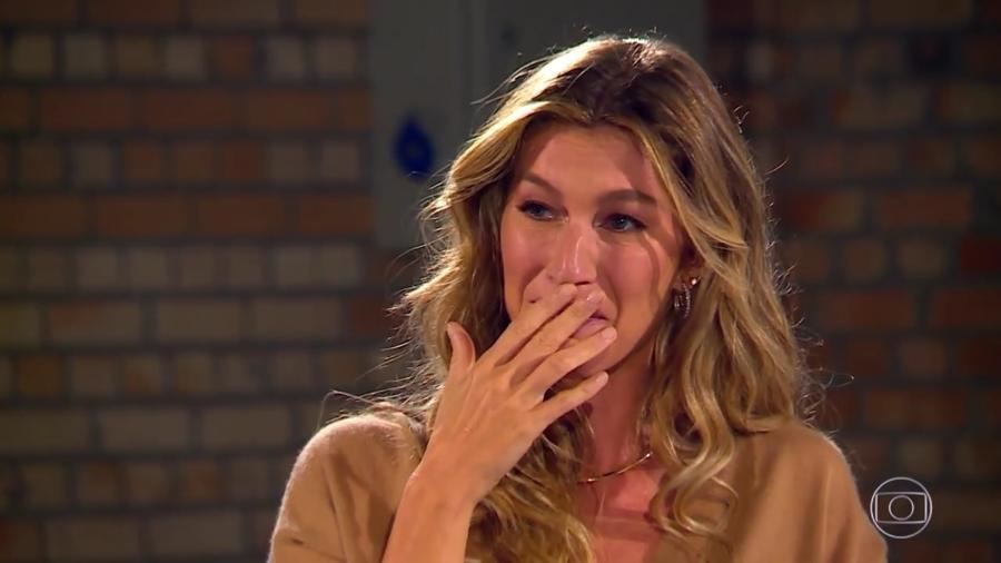 Gisele Bündchen se emociona ao rever amigas de time de vôlei - Reprodução/TV Globo