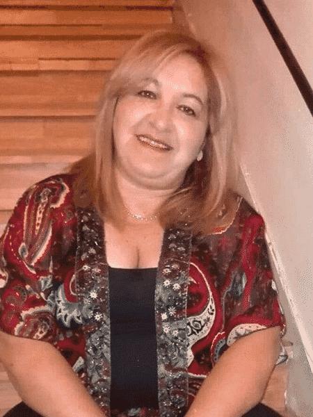 Mara, de 59 anos, diz que dormir separado preserva a qualidade do sono - Arquivo pessoal  - Arquivo pessoal
