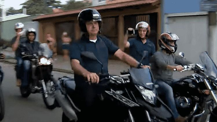 Jair Bolsonaro em Honda XRE 300 - Reprodução - Reprodução