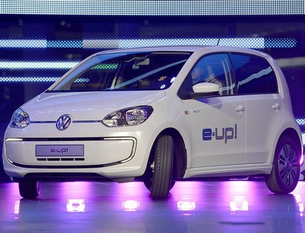 e-up! e Golf GTE são alguns dos elétricos já oferecidos no mercado europeu - Johannes Eisele/AFP Photo