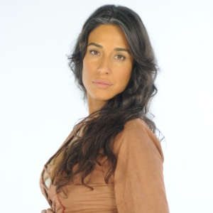 """Giselle Itié, a Zípora de """"Dez Mandamentos"""", reclamou da edição da novela - Munir Chatack/TV Record"""