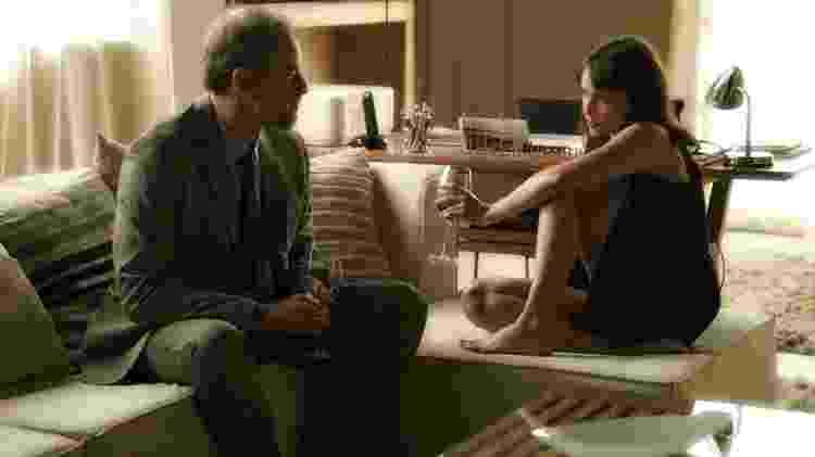 """Eugenio (Dan Stulbach) e Irene (Débora Falabella) em """"A Força do Querer""""  - Estevam Avellar/TV Globo - Estevam Avellar/TV Globo"""