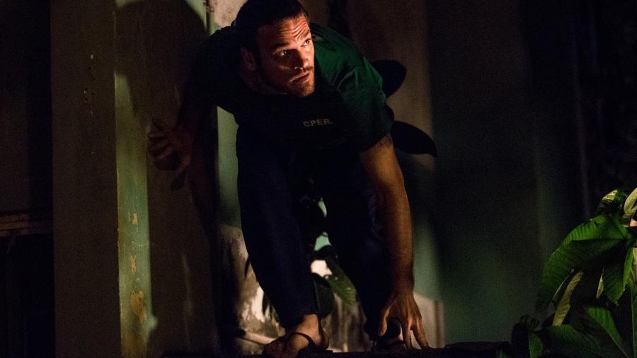 """Rubinho (Emilio Dantas) foge da prisão em """"A Força do Querer"""" - Reprodução/GShow"""