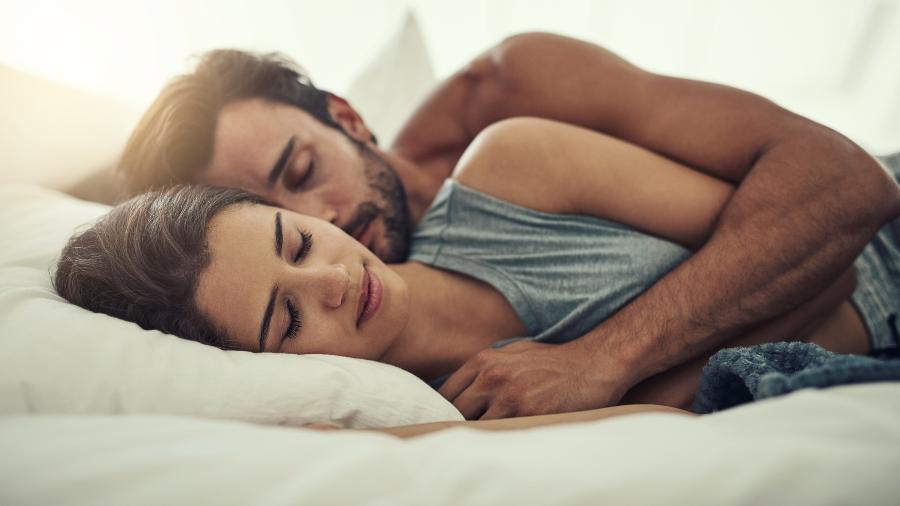 Eles gostam de dormir de conchinha, são sensíveis e nem todos tem tara por sexo anal - Getty Images
