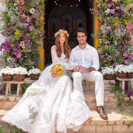 Marina Ruy Barbosa e Xandinho Negrão no casamento religioso - Reprodução/Instagram